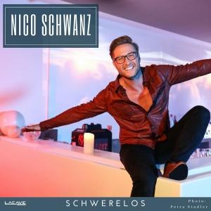 Nico Schwanz - Schwerelos
